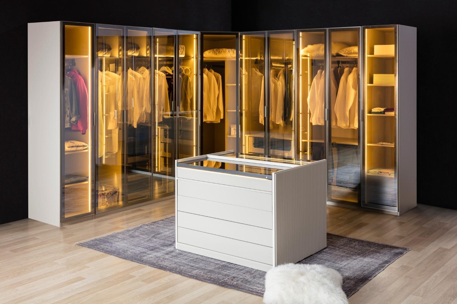 Puzzle modüler giysi dolabı tasarımımız Berrak mobilya'da sizi bekliyor.